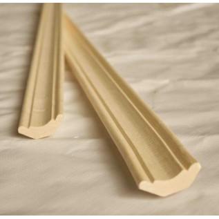 Плинтус напольный деревянный из липы